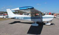 N738HG @ SUA - Cessna 172N