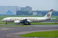 A6-DDB @ EHAM - Boeing 777-FFX [39692] (Etihad Cargo) Amsterdam-Schiphol~PH 08/08/2014 - by Ray Barber