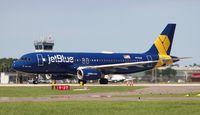 N775JB @ LAL - Jet Blue vets in blue