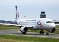 VQ-BRE - A320 - Ural Airlines