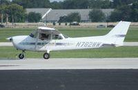 N782WW @ ORL - Cessna 172R