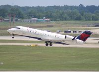 N827AY @ DTW - Delta Connection