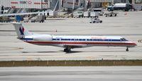 N854AE @ MIA - American Eagle E140