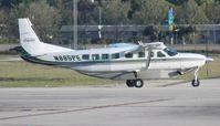 N885PE @ ORL - Cessna 208B Caravan