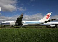 B-2387 @ LFBT - Stored... for scrap - by Shunn311