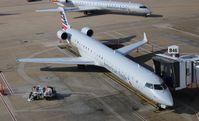 N915FJ @ DFW - American Eagle CRJ-900