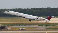 N921XJ @ DTW - Delta Connection CRJ-900