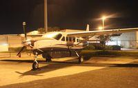 N937CK @ ORL - Cessna 208B