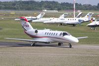 D-IAKN @ EDDL - Business Jet - by Günter Reichwein