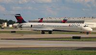 N940DL @ ATL - Delta MD-88