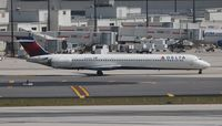 N940DN @ MIA - Delta MD-90