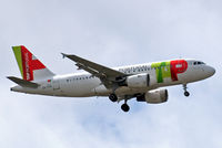 CS-TTN @ EGLL - Airbus A319-111 [1120] (TAP Portugal) Home~G 15/06/2013. On approach 27L. - by Ray Barber