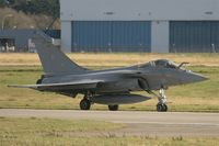 31 @ LFRJ - Dassault Rafale M, Taxiing after landing rwy 26, Landivisiau Naval Air Base (LFRJ) - by Yves-Q
