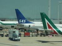 LN-RPK @ LIRF - SAS 737-700 - by Christian Maurer