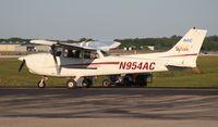 N954AC @ LAL - Cessna 172R