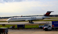 N915DL @ KATL - Taxi for takeoff Atlanta - by Ronald Barker