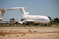 N7004U @ DMA - United 727-22