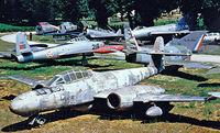 SE-DCF - Gloster Meteor TT.20 [AW.5562] Savigny-les-Beaune~F 24/07/1998