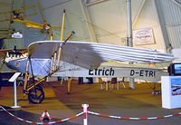 D-ETRI @ EDNY - D-ETRI   Etrich Taube D.2 (replica) [1913] Friedrichshafen~D 26/04/2001