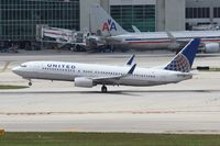 N78285 @ MIA - United - by Florida Metal