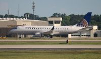 N88325 @ ATL - United Express E175, just 2 weeks old with the company at the time of the shot