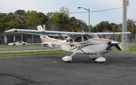 N92417 @ ORL - Cessna T182T