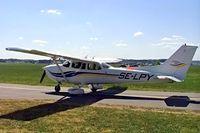 SE-LPY @ ESSP - Cessna 172S Skyhawk SP [172S-8632] Norrkoping-Kungsangen~SE 08/06/2008