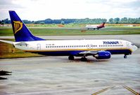 EI-CSB @ EGSS - Stansted 26.8.99 - by leo larsen
