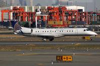N11194 @ KEWR - Take off