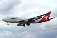 VH-OJH @ EGLL - Boeing 747-438 [24806] (QANTAS) Heathrow~G 31/08/2006. On finals 27L.