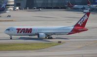 PT-MSR @ MIA - TAM 767-300