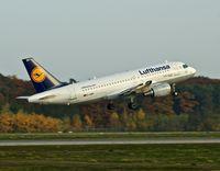 D-AIBH @ EDDF - Lufthansa, seen here rocketing away at Frankfurt Rhein/Main(EDDF) - by A. Gendorf