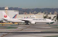 JA731J @ KLAX - Boeing 777-300ER
