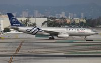 B-5949 @ LAX - China Eastern Sky Team