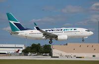 C-FLWJ @ FLL - West Jet