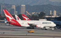 VH-OQE @ KLAX - Airbus A380-842