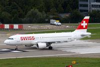 HB-IJE @ LSZH - Airbus A320-214 [0559] (Swiss International Air Lines) Zurich~HB 31/08/2014