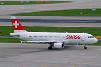 HB-JLR @ LSZH - Airbus A320-214 [5037] (Swiss International Air Lines) Zurich~HB 31/08/2014