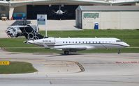 N203JE @ FLL - Global Express