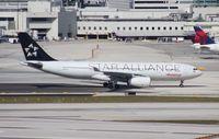N280AV @ MIA - Avianca Star Alliance