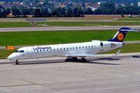 D-ACPK @ LSZH - Canadair CRJ-700 [10063] (Lufthansa Regional) Zurich~HB 22/07/2004 - by Ray Barber