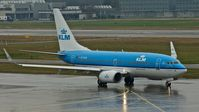 PH-BGR @ LSZH - KLM, is here waiting for taxi clearence at Zürich-Kloten(LSZH) - by A. Gendorf