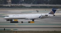 N713SK @ LAX - United Express