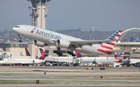 N755AN @ LAX - American