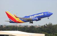 N913WN @ FLL - Southwest