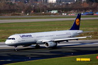 D-AIDT @ EDDL - Lufthansa A 321 arriving - by Günter Reichwein