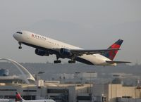 N1402A @ LAX - Delta