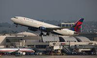N3735D @ LAX - Delta