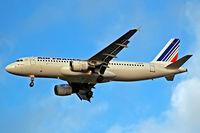 F-GFKS @ EGLL - Airbus A320-211 [0187] (Air France) Home~G 29/12/2007. On approach 27R.