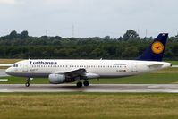 D-AIPY @ EDDL - Airbus A320-211 [0161] (Lufthansa) Dusseldorf~D 18/06/2011 - by Ray Barber